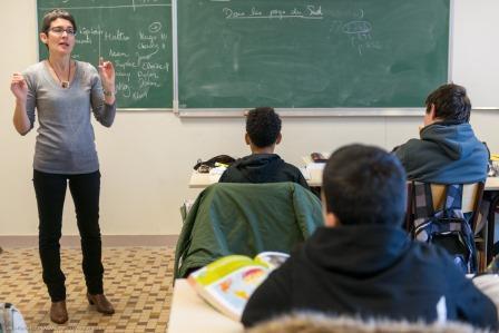 En classe : cours d'histoire-géographie
